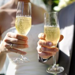 Mr & Mrs Wedding Champagne Glasses Gift for the Bride and Groom