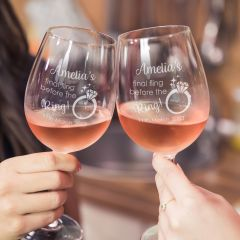 Personalise Engraved Hen's Weekend Wine glasses present