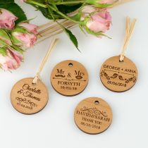 Personalised Engraved Wooden round Circle Wedding favour Gift Tags