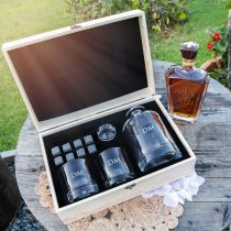 Personalised Engraved Bridal Party Round Decanter and Scotch Glasses with Whiskey Stones and Wooden Box